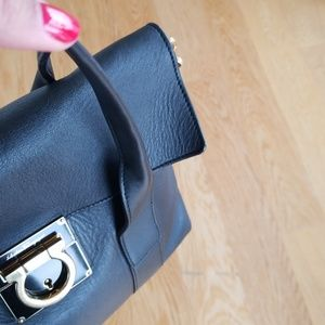 480e0a2375 Salvatore Ferragamo Bags - Gold Black leather salvatore ferragamo sookie bag